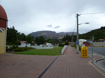 A photo looking at Mount Lyell